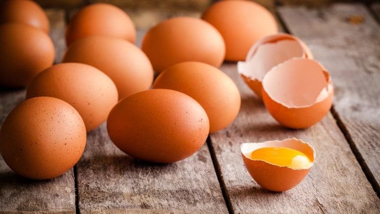 مصرف تخم مرغ برای داشتن موهای سالم